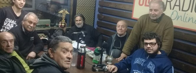 Premiaron a integrantes de Click Radio